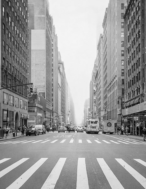 New-York-Street-Fair-Empty-Street_gray2